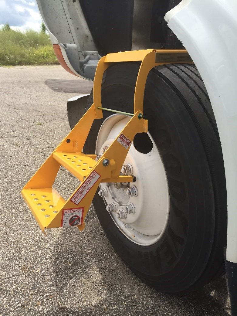Atlanta Truck Center >> Safe Access to your Vehicle with Unique Truck Equipment's ...